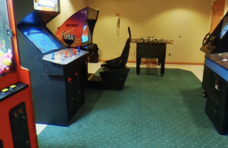 Arcade at The Riveredge Resort.