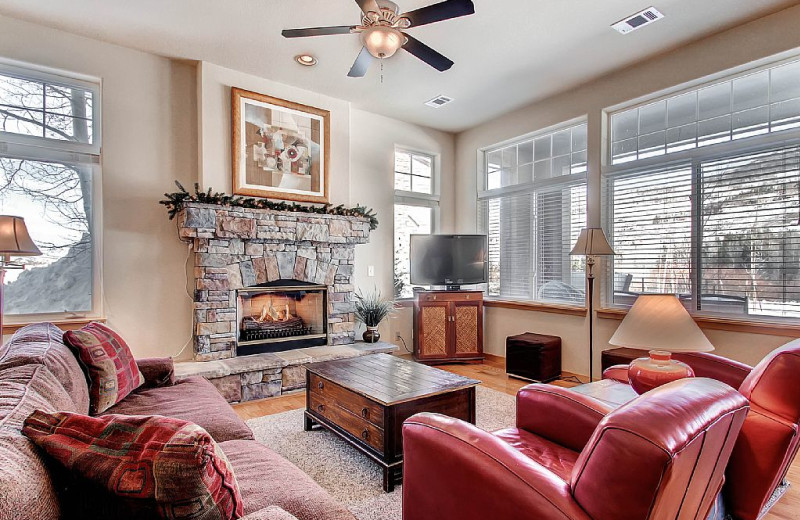 Rental living room at Twin Season Vacations.