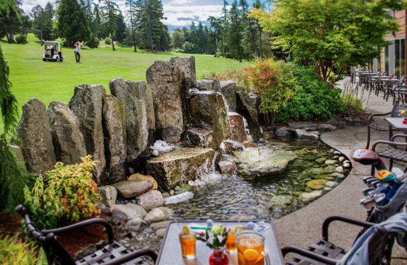 Outdoor patio at Olympic Lodge.
