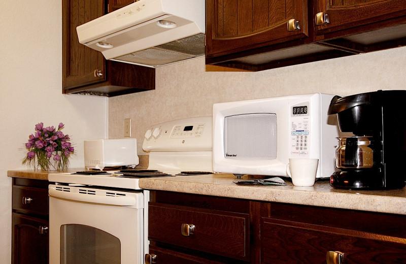 Guest kitchen at Wedgewood Resort.