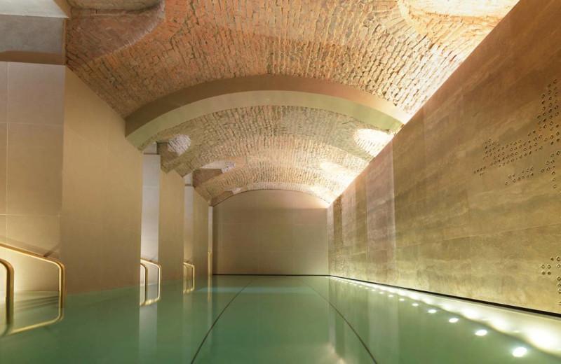Indoor pool at Four Seasons - Milan.