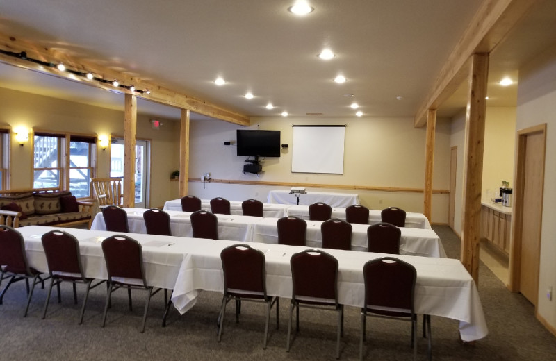 Meeting Space in the Grand Vermilion Chalet