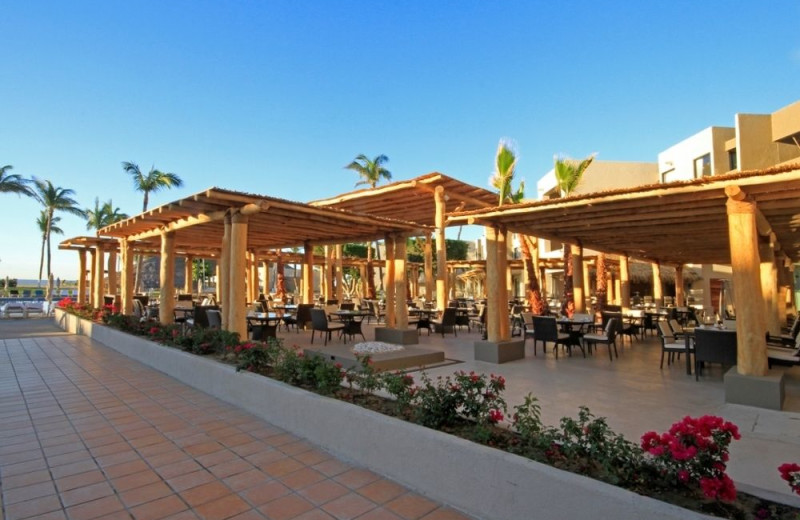 Dining at Holiday Inn Resort Los Cabos All Inclusive.