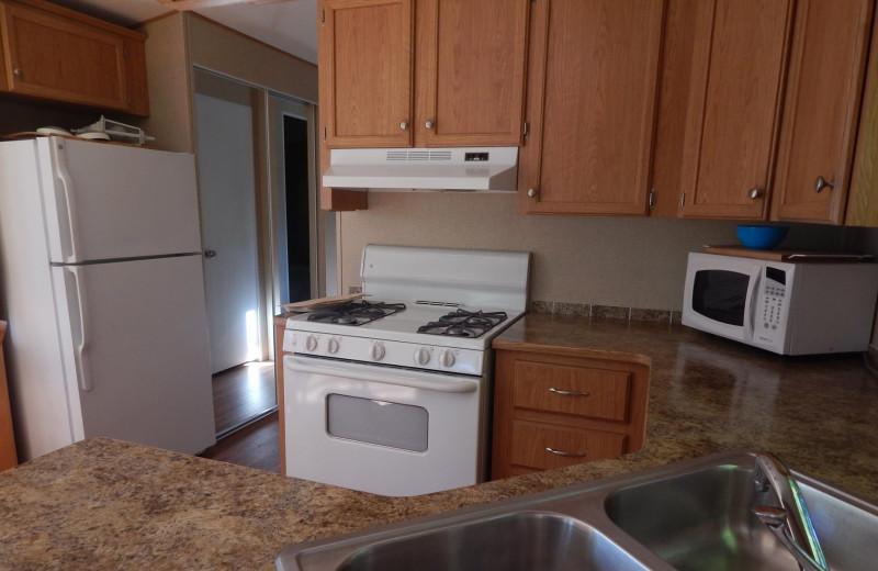 Cabin kitchen at Bonnie Lake Resort.