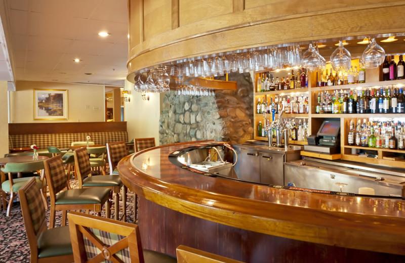 Bar and dining area at Lake Morey Resort.