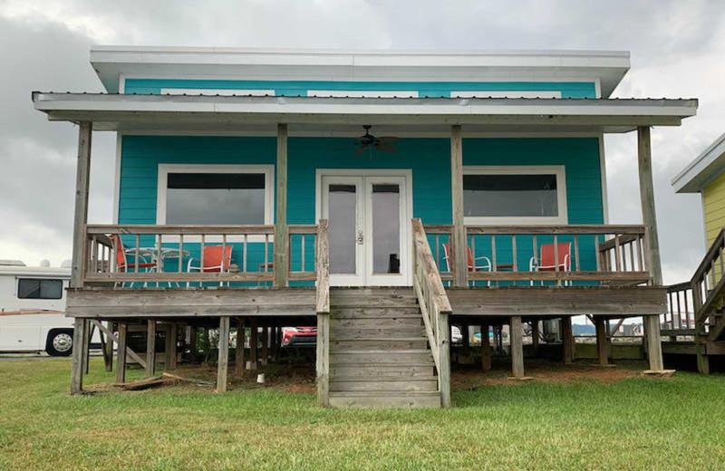 Cabin exterior at D'Arbonne Pointe.