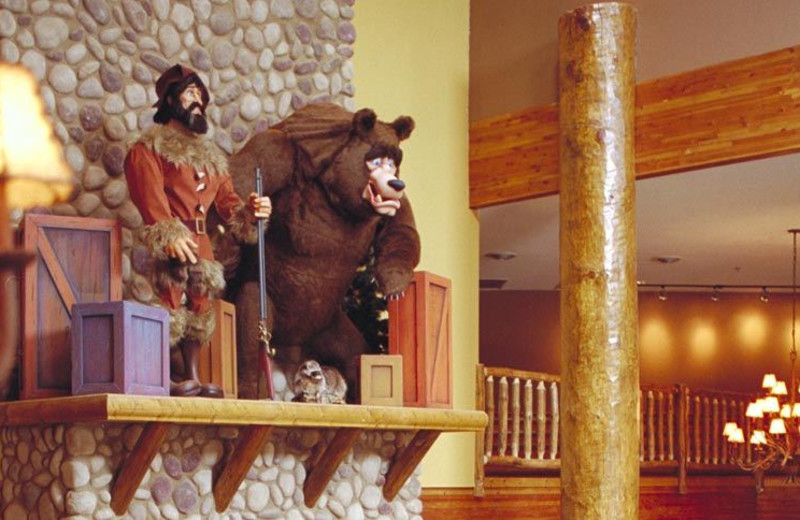 Lobby at Grizzly Jacks Grand Bear Resort.