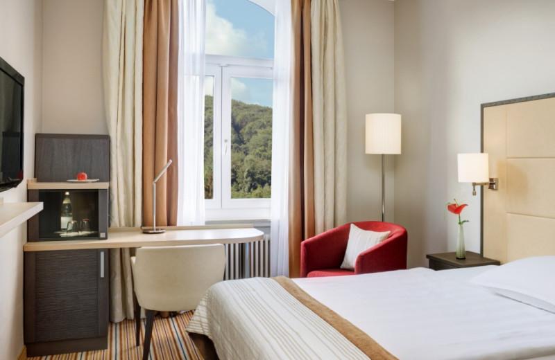 Guest room at Steigenberger Bad Neuenahr.