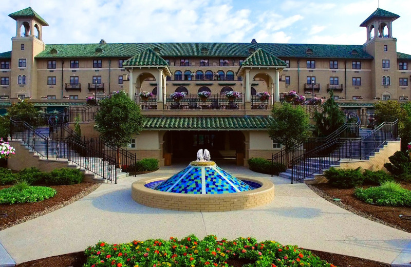 Exterior view of The Hotel Hershey.