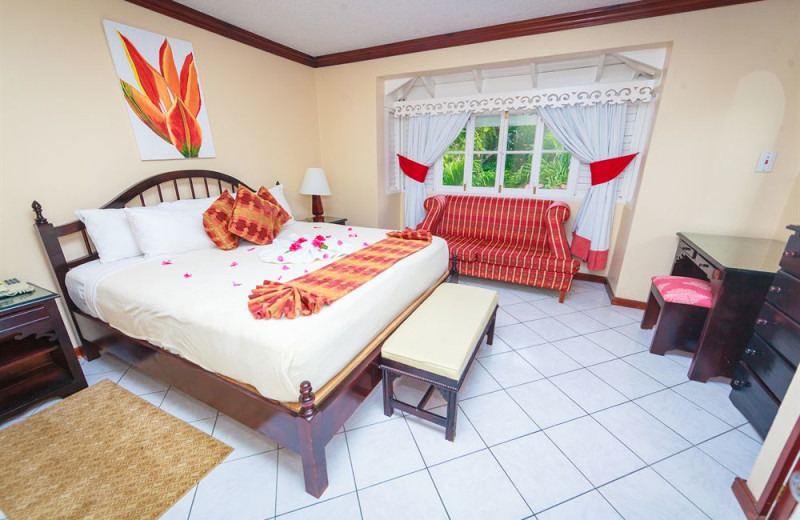 Guest room at Franklyn D Resort All Inclusive.
