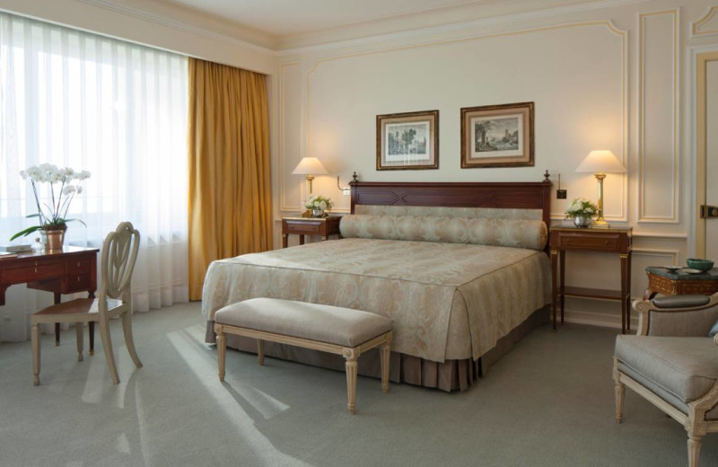 Exterior view of Four Seasons Hotel - The Ritz Lisbon.