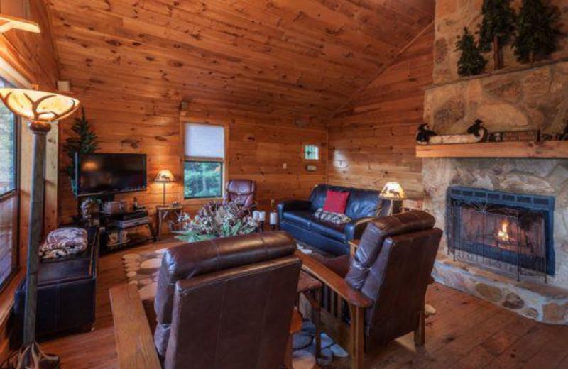 Cabin living room at Blue Sky Cabin Rentals.