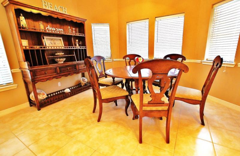 Vacation rental dining room at Ryson Vacation Rentals.