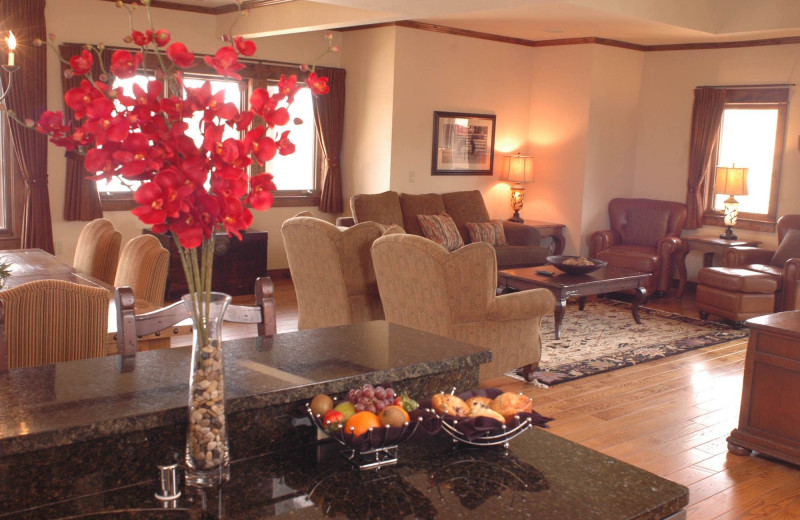 Guest living room at The Lodge at Whitefish Lake.
