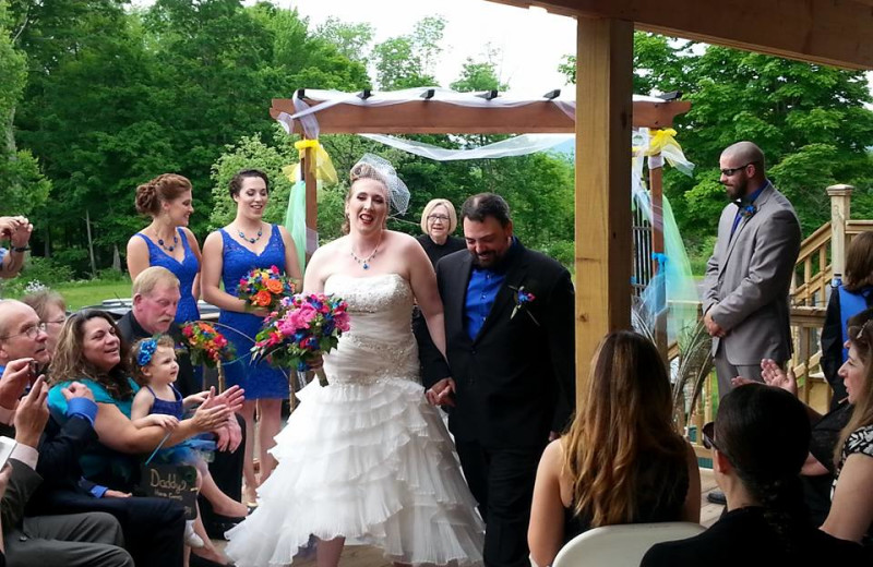 Weddings at Hammo's Lodge.