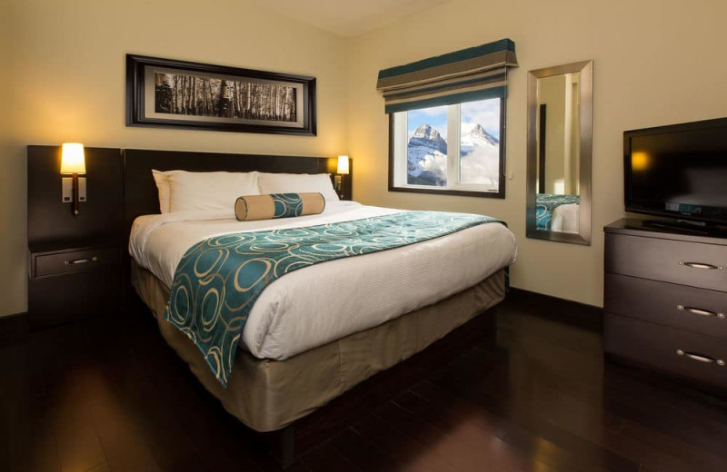 Guest bedroom at Paradise Resort Club.