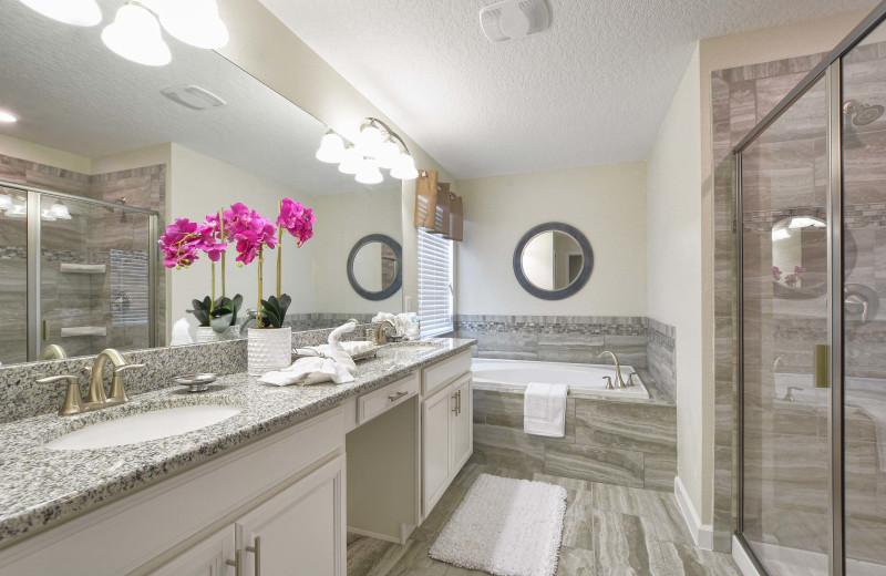 Rental bathroom at Vacation Pool Homes.