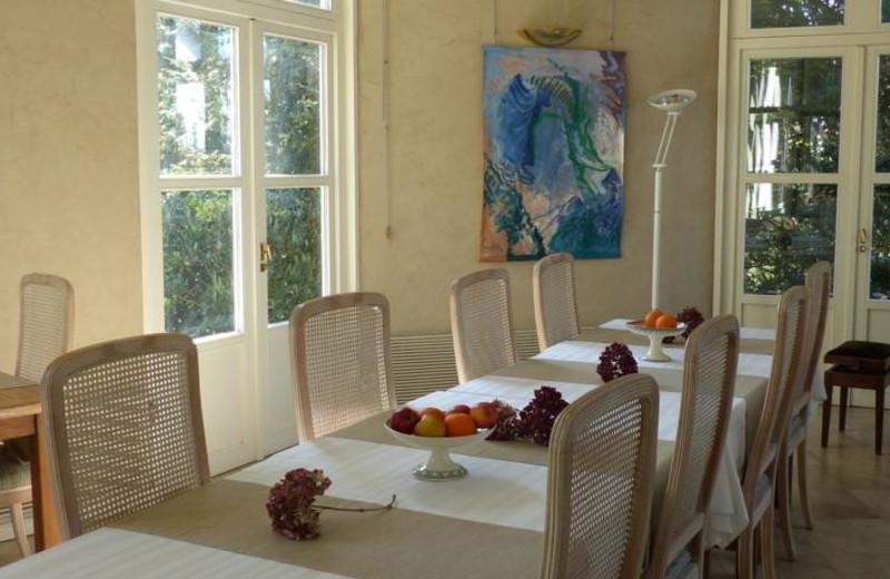 Dining room at Château de Bazeilles.