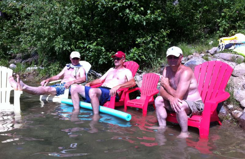 Groups at Buckhorn on Caribou Lake.