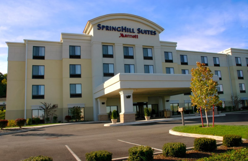 Exterior view of SpringHill Suites Erie.