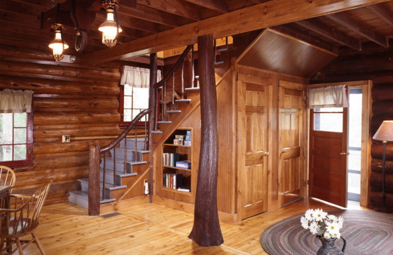 Paige cottage interior at Elk Lake Lodge.