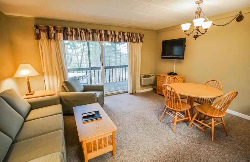 Guest room at Tanglwood Resort.