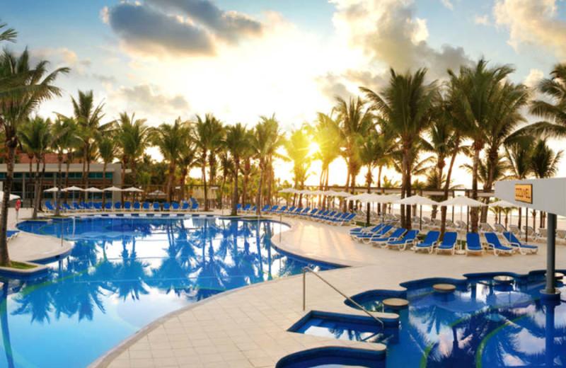 Outdoor pool at Hotel Riu Yucatan.