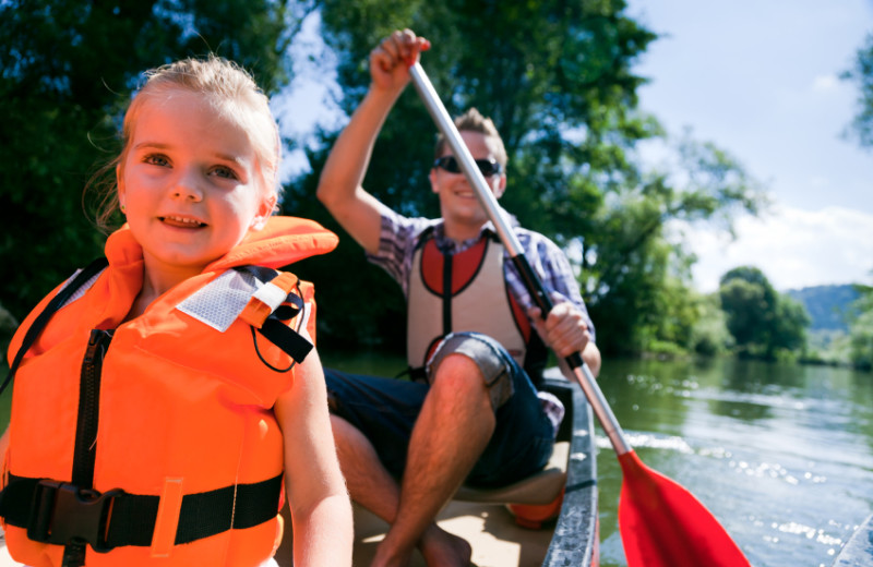 Canoeing at Fiddler Lake Resort.