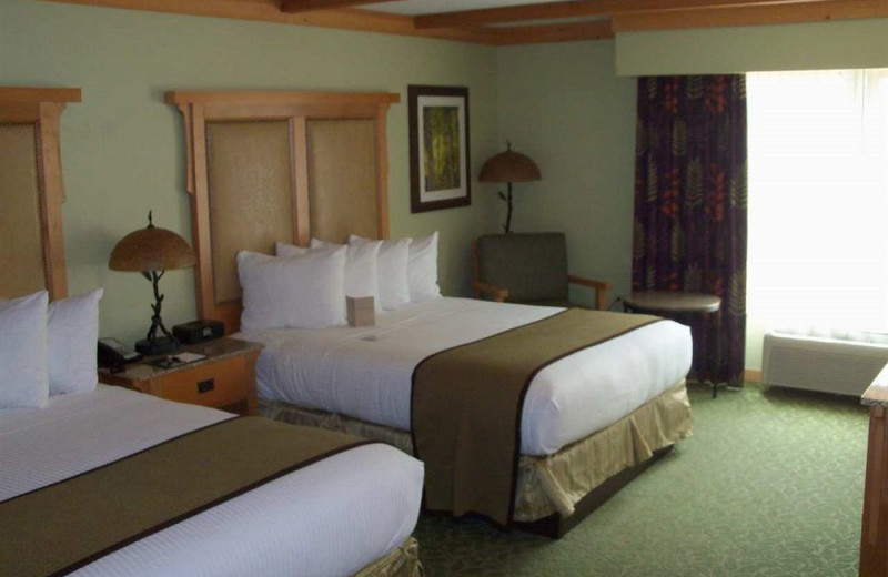 Two bed guest room at Grand Lodge at Brian Head.