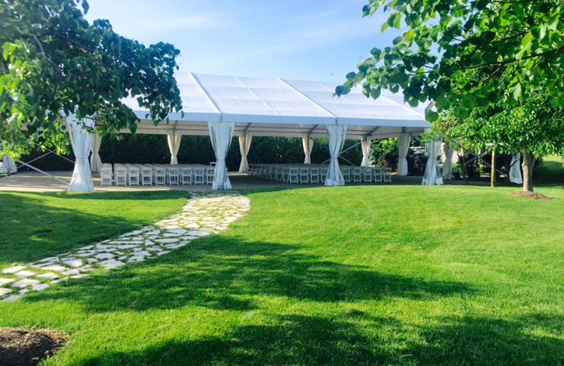 Event tent at Sawmill Creek Golf Resort