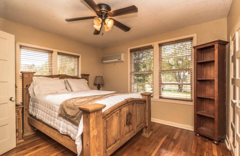 Rental bedroom at Geronimo Creek Retreat.