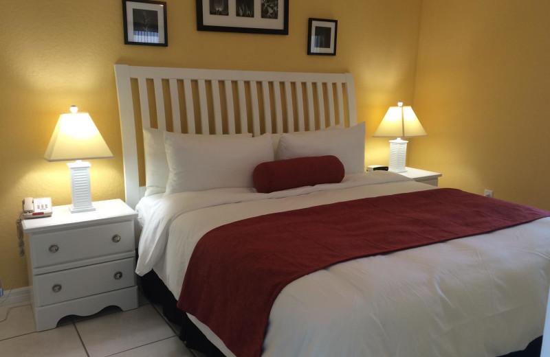 Rental bedroom at Sunsational Beach Rentals. LLC.