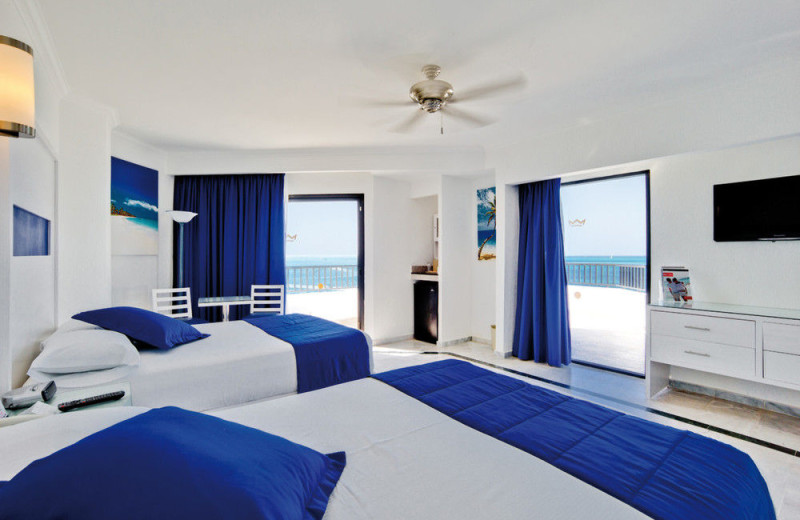 Guest room at RIU Caribe All Inclusive.