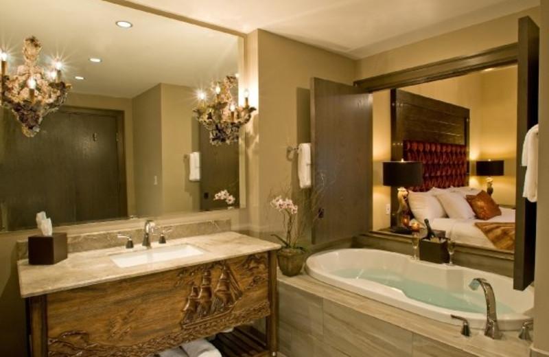 Guest bathroom at Bohemian Hotel Savannah Riverfront.