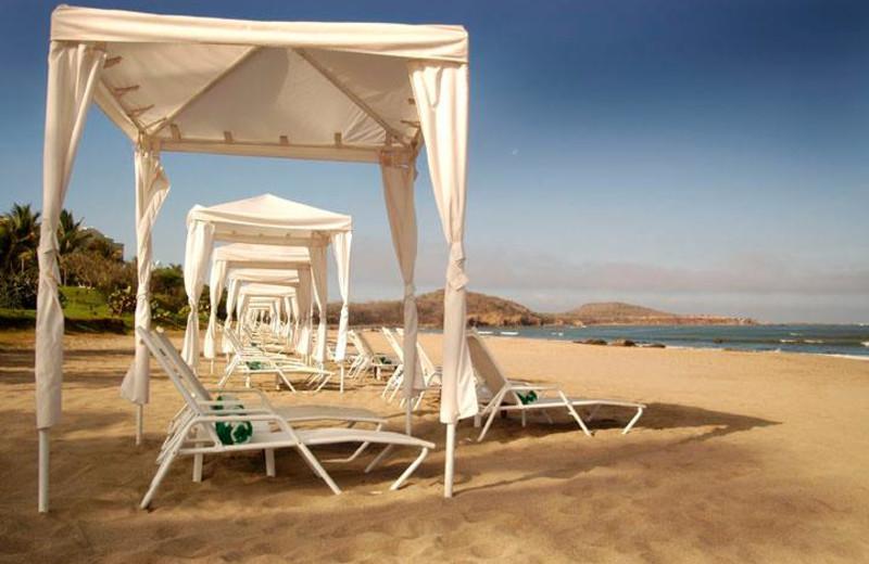 Beach Cabanas at Pueblo Bonito Los Cabos