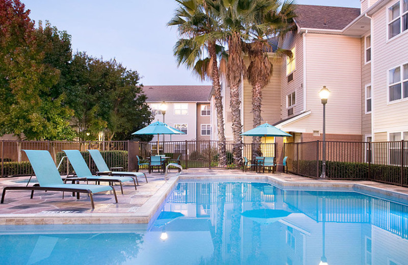 Outdoor pool at Residence Inn by Marriott San Diego Sorrento Mesa/Sorrento Valley.