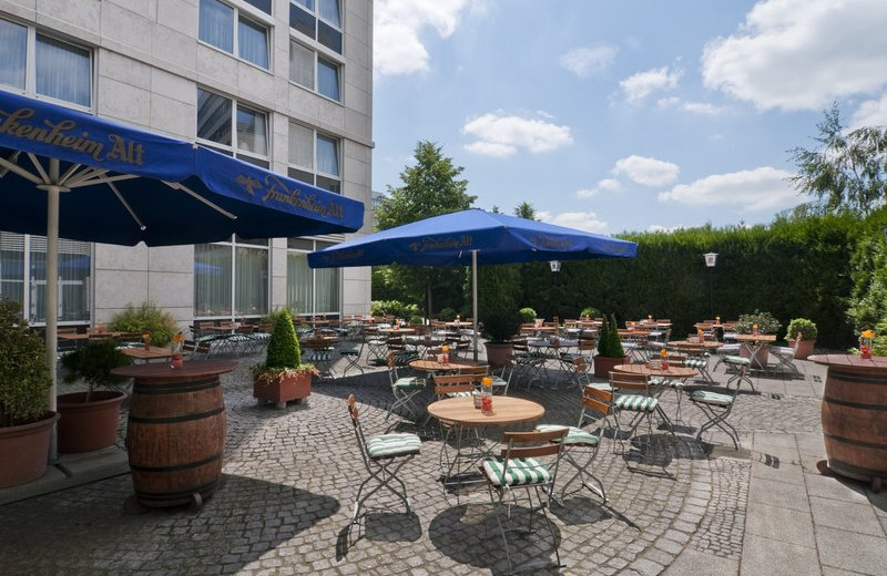 Patio at Holiday Inn Duesseldorf-Neuss.