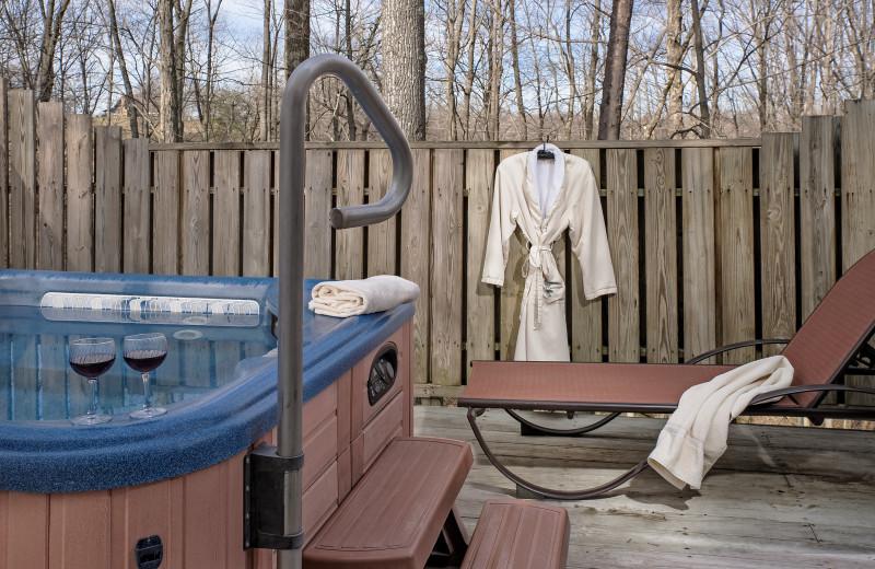 Private hot tub at Glenlaurel, A Scottish Inn & Cottages.