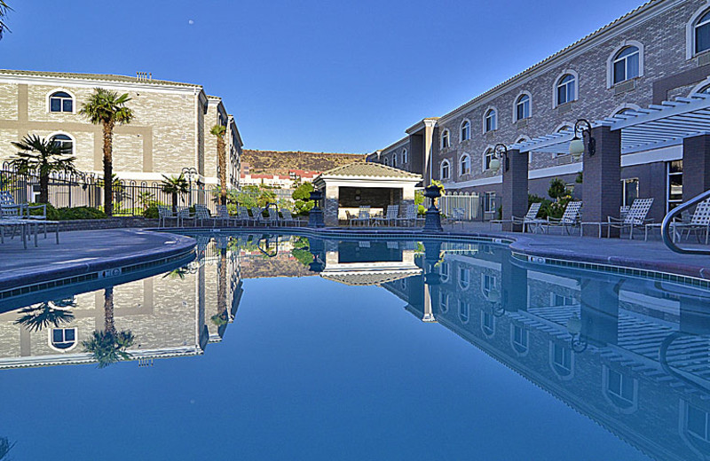 Outdoor pool at The Best Western Abbey Inn Hotel.