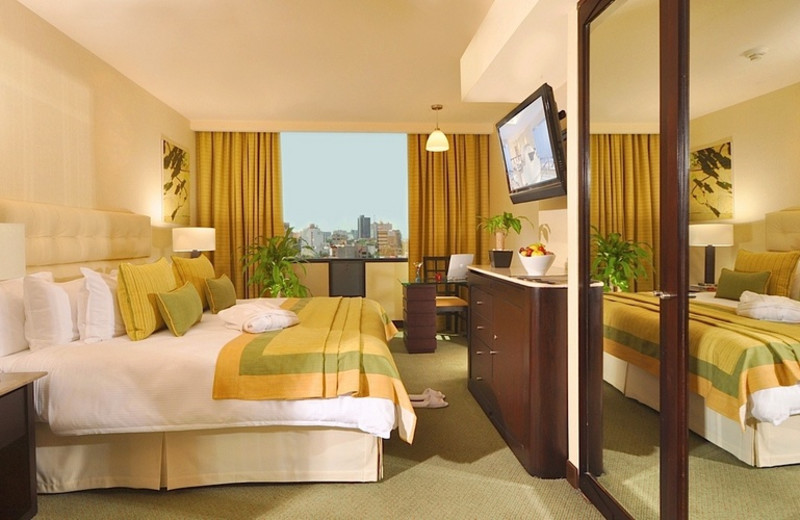 Guest room at Hotel Marquis Reforma.