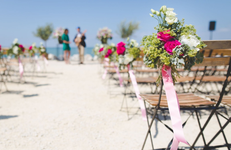 Weddings at Lighthouse Resort Inn & Suites.