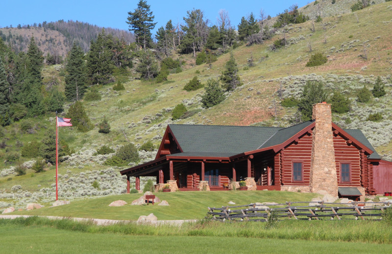 Exterior view of Wood River Ranch.
