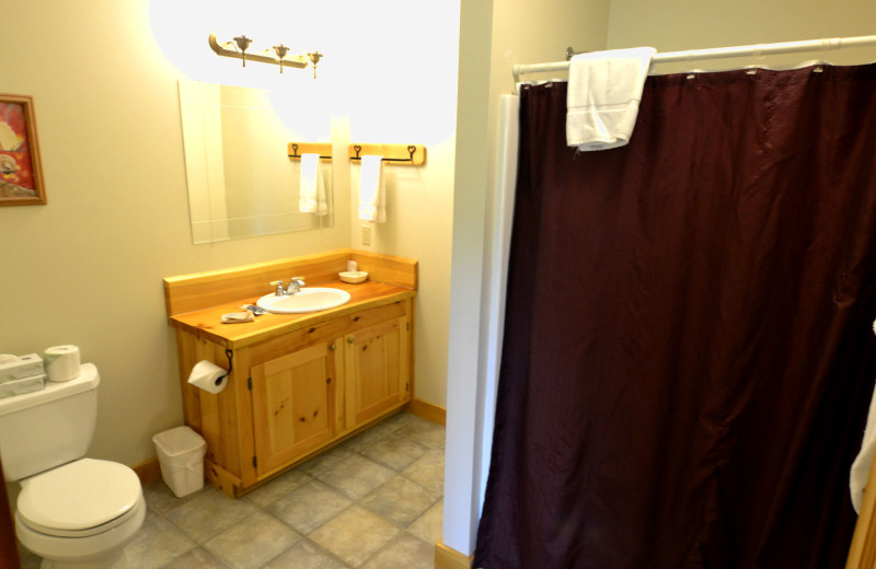 Guest bathroom at The New England Inn & Lodge.
