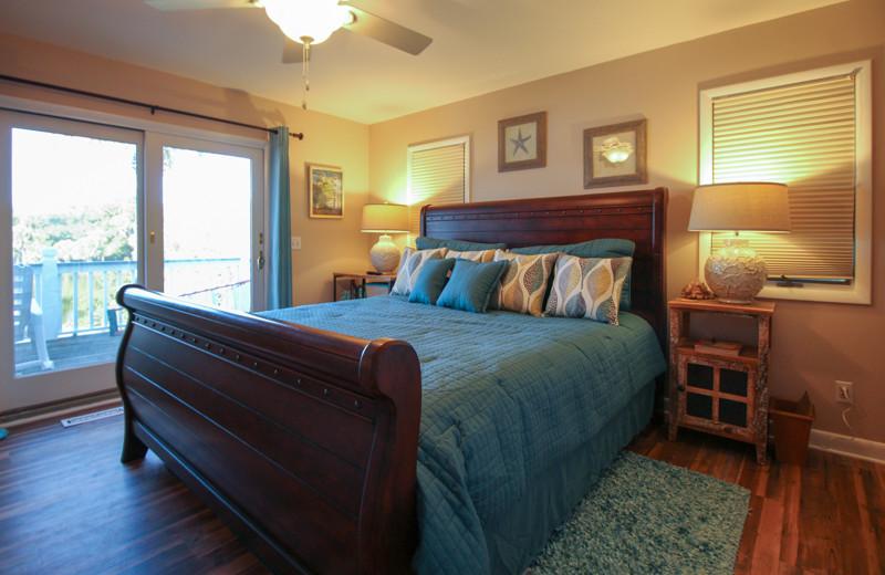 Rental bedroom at Fripp Island Golf & Beach Resort.