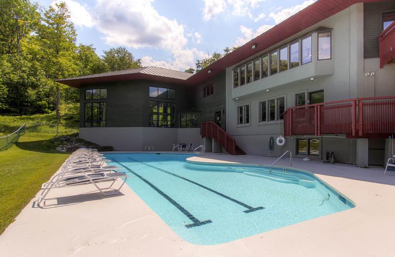 Outdoor pool at GetAway Vacations.