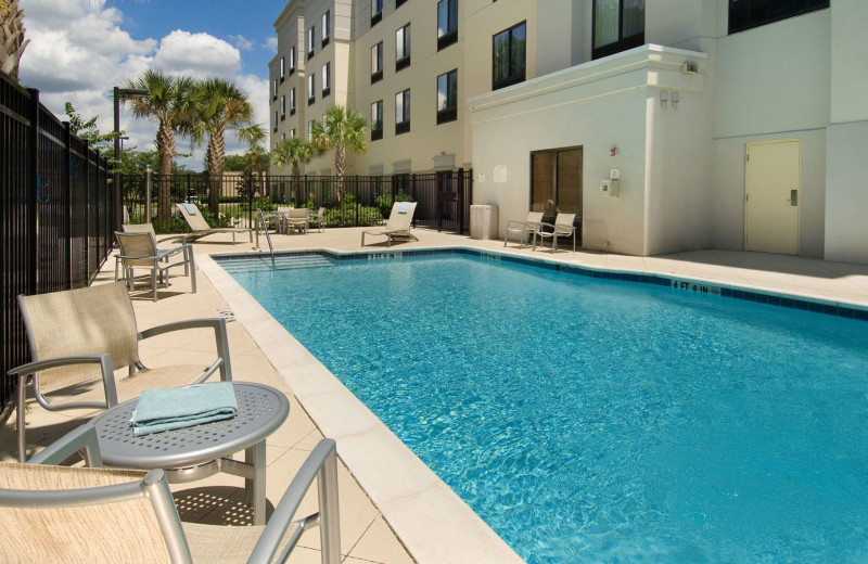 Outdoor Swimming Pool at SpringHill Suites Jacksonville Airport