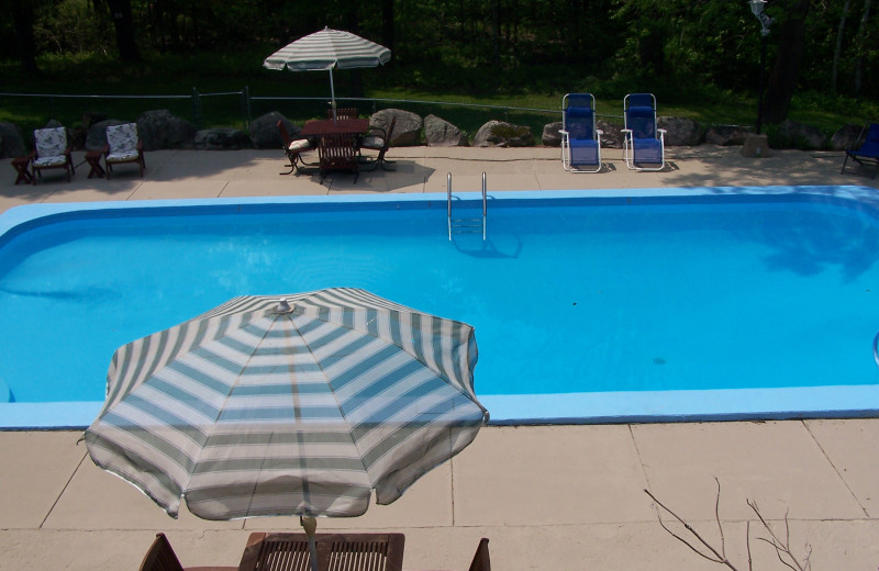 Outdoor pool at Darby Field Inn.