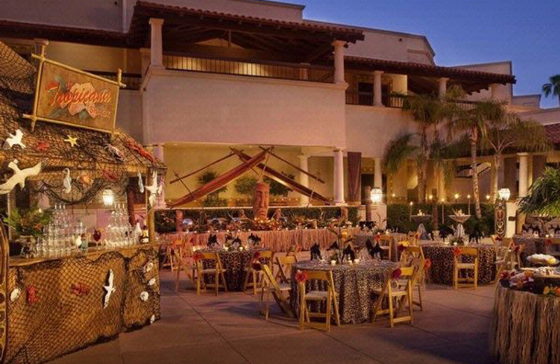 Outdoor dining at Scottsdale Resort & Conference Center.