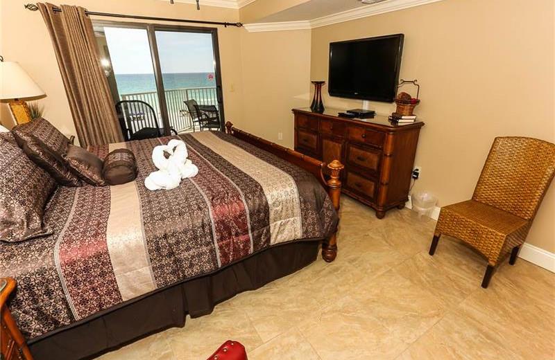 Rental bedroom at Holiday Isle Properties.