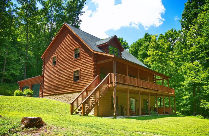 Rental exterior at Cut Above Cabins.
